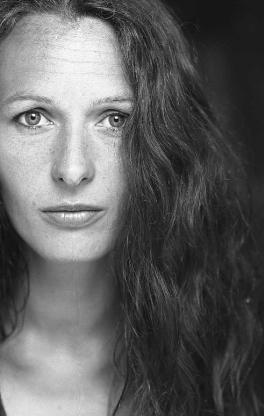 Portrett av Simone Thiis